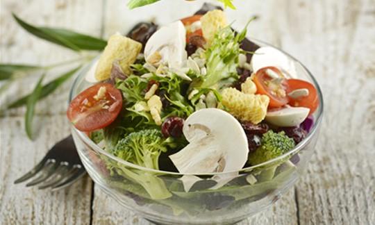 신선한 채소나 견과류는 매일 섭취합시다.
